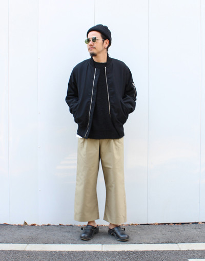 MA-1:MARKAWARE x ZIP SLIT WIDE PANTS:JUHA