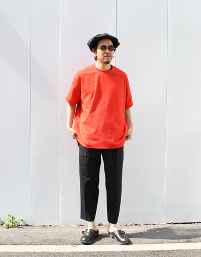 TF-T-Shirt(THING FABRICS) x FRONT PLEATS PEGTOP SIDE STRIPE(MARKAWARE)